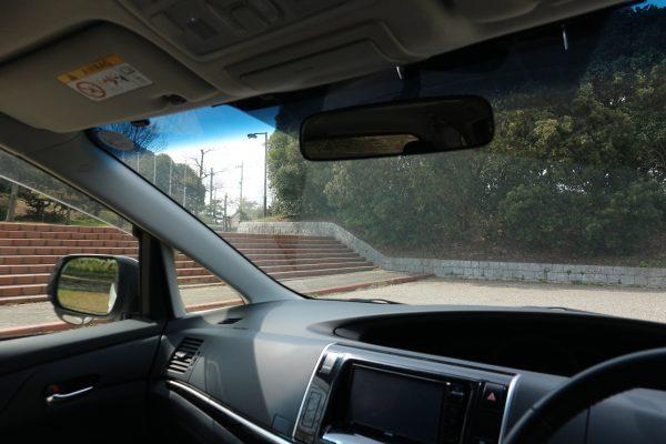エスティマの運転席からの視界